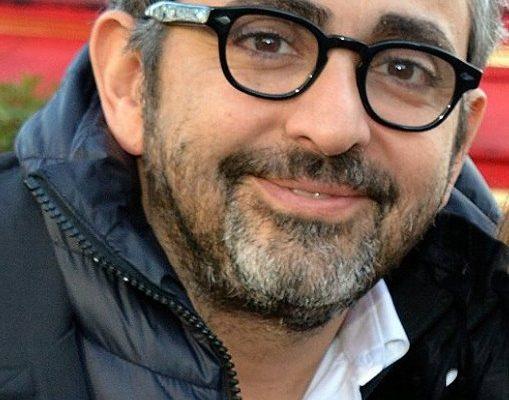 Paris : Homme, 25/30 ans ressemblant a Eric Toledano