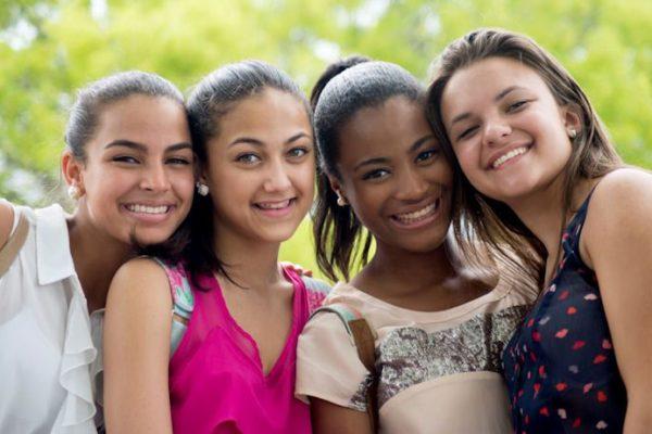 Paris : Jeunes filles, 12/16 ans pour la saison 1 de la série